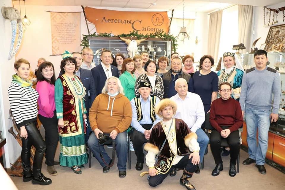 гости, туристы, вывставка, легенды сибири, культура и быт сибирских татар, купить сувенир, подарок,