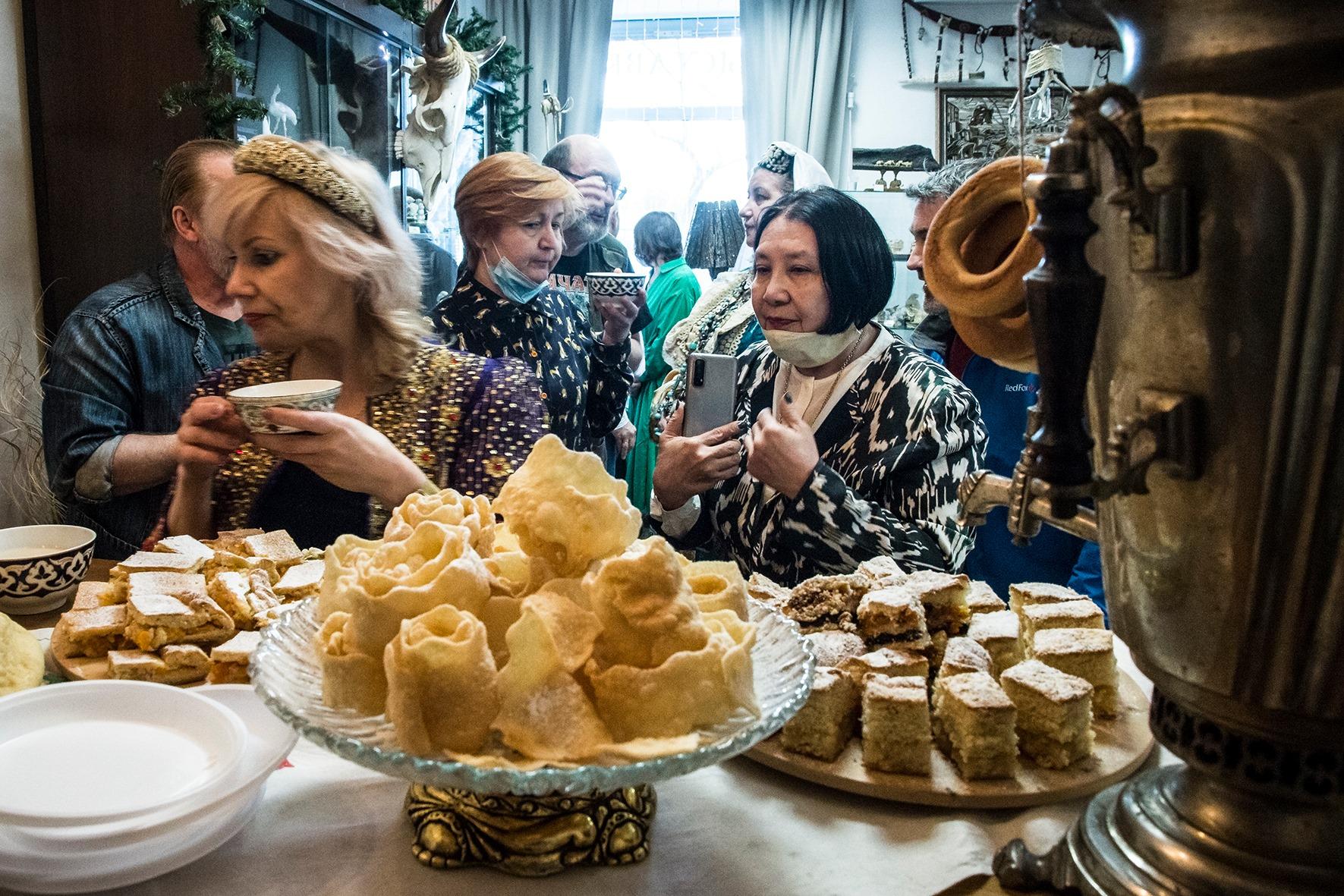 дегустация, национальные блюда, легенды сибири, где попробовать, татарская кухня, мастер-класс татарской кухни, мастер класс бухарской кухни, бухарсккие блюда, приготовить, рецепт, сибирские татары, культура и быт сибирских татар